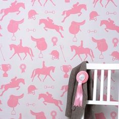 Any poneyriding fans out there ?? Also exists in lilac/fuschia version by @hibou_home  I - - - - #kidsinteriors_com #kidsinteriors #kidsinterior #kidsroom #childrensroom #girlsroom #girlsbedroom #girlsdecor #kidswallpaper #childrenswallpaper #kidsdecor #decorforkids #kidsroomdecor #childrensdecor #barnrum #barnrumsinspo #kidsdesign #kinderkamer #kinderzimmer #chambreenfant #chambrefille #poneyriding #lovehorses #horses
