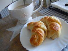Skoré ráno a syrovo-cesnakové croissanty ... - Jasmin Art