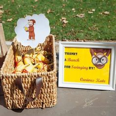 Thank you for 'swinging' by! Grab bananas at Curious George birthday party!  #sugarblastevents #curiousgeorgeparty #curiousgeorge #curiouskate #birthday #bananas #partyfavors #evenstyling