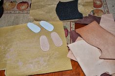 Dolls World: Making boots for dolls.
