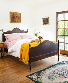 House Tour: A Spanish Bungalow Makeover in Los Angeles – Cottage style decorating, renovating and entertaining Ideas for indoors and Luxury Homes Interior, Home Interior, Interior Design, Interior Colors, Interior Paint, Quirky Home Decor, Cheap Home Decor, Bungalow Bedroom, Bedroom Furniture