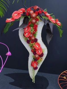 By Flower Designers Group