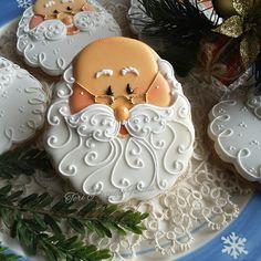 Santa Christmas Cookies by Teri Pringle Wood. Cookies Cupcake, Santa Cookies, Christmas Sugar Cookies, Iced Cookies, Cute Cookies, Christmas Sweets, Noel Christmas, Christmas Goodies, Holiday Cookies