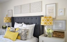 Bild från http://perteg.com/wp-content/uploads/2015/04/multicolored-bohemian-bedroom-set-with-over-black-tufted-fabric-headboard-wall-art-paintings-decoration.jpg.
