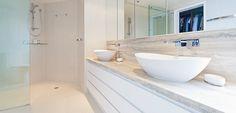 """Móvel de WC """"Latitude"""" – Móveis de casa de banho LIVEWOOD-NUGUI"""