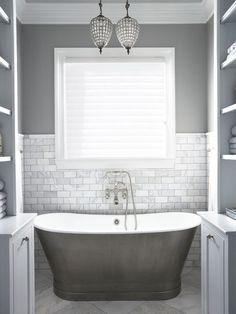 Bath Design | White Bathrooms | Monochrome Color | Home Interior
