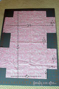 Dance Bag Tutorial {} So cute - your girls will love it . Ruffle Dance Bag Tutorial {} So cute - your girls will love it . Ruffle Dance Bag Tutorial So cute-your girls will love it! How to Make a Ruffle Duffle Bag Sewing Tutorials, Sewing Crafts, Sewing Projects, Fabric Crafts, Bag Tutorials, Sewing Diy, Sewing Ideas, Bag Patterns To Sew, Sewing Patterns