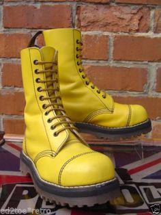 Vintage-Dr-Martens-10-hole-steel-toe-boots-UK-4-Skinhead-Punk-Martins-RARE-VGC