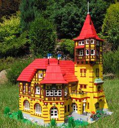 Lego modular building, moc