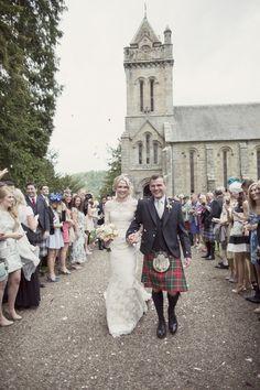 Photography: Craig & Eva Sanders - www.craigsandersphotography.co.uk/  Read More: http://www.stylemepretty.com/destination-weddings/2014/11/18/romantic-castle-wedding-in-scotland/