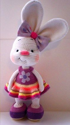 Crochet Amigurumi Rabbit Pretty bunny - free crochet pattern - Bunnies are the most classic symbol for Easter. Here are some Free Amigurumi Bunny Crochet Patterns for you to make cute bunnies for decor or as gifts. Crochet Bunny Pattern, Easter Crochet Patterns, Crochet Patterns Amigurumi, Crochet Dolls, Crochet Baby, Free Crochet, Knitting Patterns, Baby Knitting, Amigurumi Tutorial