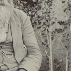 Portret van generaal Snijman en commandant Botha, Jan van Hoepen, 1899 - 1900 - Search - Rijksmuseum Armed Conflict, Two By Two, Men Sweater, War, Men's Knits