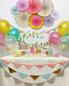Fun and playful birthday decorations for your little one's birthday or you teen's Sweet 16 birthday bash. Decorations: Paper fan decorations, assorted colors and sizes - Latex balloons, mix of pink, green, gold and gold. Simple Birthday Decorations, Paper Fan Decorations, Gold Party Decorations, Happy Birthday Girls, Tea Party Birthday, Sweet 16 Birthday, Cake Birthday, Colorful Birthday, Fiesta Theme Party