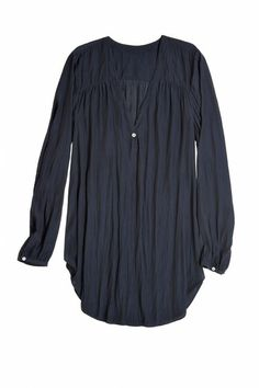 My kind of top, IF it buttoned down the front.  (aw)  KIONI TOP