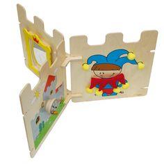 Speelelement kasteel set 3  Deze speelset is een kleinere versie van kasteel set 2 maar ook deze set is prima te gebruiken als speelhoek voor kinderdagverblijven, restaurants of voor een wachtkamer. Het kasteel is op verschillende manieren op te bouwen en biedt aan alle kanten speelplezier. Groot genoeg om meerdere kinderen tegelijkertijd er mee te laten spelen.  Geschikt vanaf: 12 maanden Afmetingen: Per element 700 x 600 x 12 mm