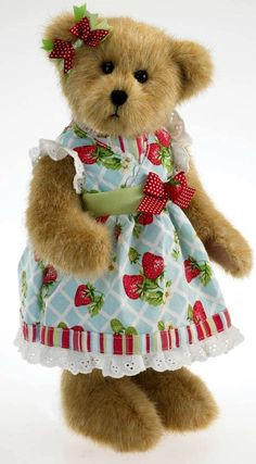 I love strawberries and I love Boyd Bears. Put them together and perfection!