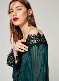 Uterqüe Spain - Canary Islands Product Page - Jewellery - Earrings - Jaguar earrings - 49