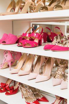 Step inside my newly re-vamped walk-in closet today. Walk In Closet Inspiration, Fashion Inspiration, Look Fashion, Womens Fashion, Vanity Room, Shoe Display, Walk In Wardrobe, Closet Designs, Shoe Closet