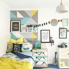 Paredes pintadas con triángulos, llena tus paredes de triángulos, fotos de paredes decoradas con triángulos, inspiración, tendencia decoración paredes