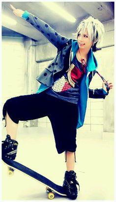 Takeru. SuG. He is so colorful. I wish I had clothes like his.