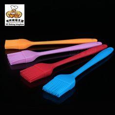 Silicone Basting Brush Heat Resistant Baking Tools Grilling BBQ Brush Kitchen Tools Comfortable Handles Durable Color Randomly