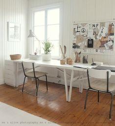 white workspace for two (viaPinterest)