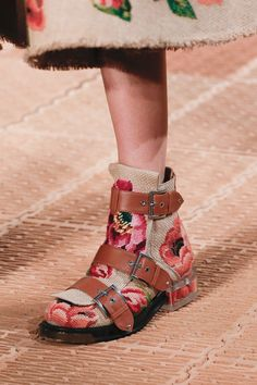 Модная обувь: фото 153 моделей с парижской Недели моды 2017 | Мода | Выбор VOGUE | VOGUE