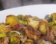 Mollejas al vino blanco con papines al disco Argentine Recipes, Argentina Food, Hispanic Dishes, Snack Recipes, Cooking Recipes, Spanish Food, Potato Salad, Tapas, Delish