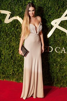 Amber Le Bon - British Fashion Awards 2013 Red Carpet – Dresses & Photos (Vogue.com UK)