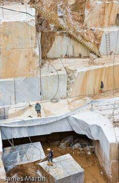Carrara Marble Quarry Picture: La Piana Quarry and Workers