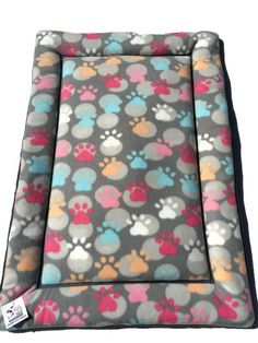 Paw Print Dog Bed, Dog Carrier Pad, Grey Pet Bed, Kennel Pads, Dog Crate Bedding, Dog House Pads, Cat Mat, Puppy Bedding, Large Crate Mat #KennelPads #LargeCratePad #DogCrateBedding #GreyPetBed #DogCrateBeds #CratePetMats #DogHousePads #CatMat #PawPrintDogBed #DogCratePad