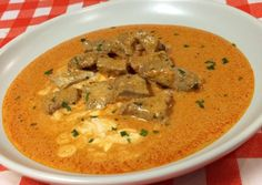 Borjú paprikás | Horváth Ferenc receptje - Cookpad receptek Cheeseburger Chowder, Thai Red Curry, Soup, Ethnic Recipes, Red Peppers, Soups