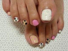 Stylish Pedicure Nail Art Designs for   http://creativenailsideas.blogspot.com