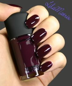 Image via  I had this fall nail art design burn a hole in my imagination, so I thought I'd just make it and show you, despite the amazing weather. I put my bottle of Picture Polish Malt Teaser and