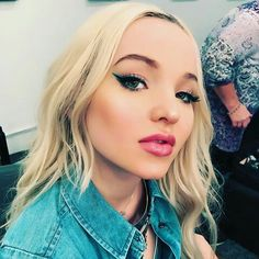 Dove Cameron on @/juliannekaye Instagram.