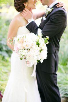 Romantic bouquet: http://www.stylemepretty.com/2014/12/03/elegant-garden-inspired-wedding-in-st-louis/ | Photography: Heather Roth Fine Art Photography - http://www.heatherrothphotography.com/