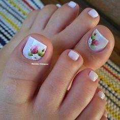 23 that will make you bright summer nails designs glitter fun 031 Pretty Toe Nails, Cute Toe Nails, Toe Nail Art, Pedicure Designs, Toe Nail Designs, Summer Toe Designs, Acrylic Toes, Bright Summer Nails, Manicure And Pedicure