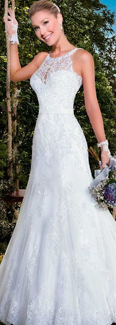 Gorgeous Tulle Jewel Neckline Mermaid Wedding Dresses with Beaded Lace Appliques