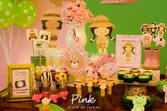 Olha que amor esta Festa Safari para meninas. Decoração Pink Ateliê de Festas. Lindas ideias e muita inspiração! Bjs, Fabiola Teles.            Mais...