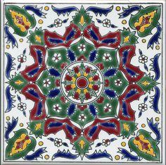 По желанию заказчика мы повторили роспись традиционных сувенирных плиток из Греции.