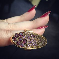 """""""Loving this @mattiolijewelry ring! What do you think of these colors? #VICENZAORO #jewelry"""""""
