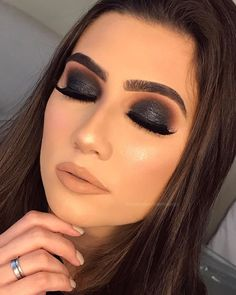 """375 Likes, 16 Comments - Lorena Benfica Câmara (@lorenabenficamakeup) on Instagram: """"Make linda pra inspirar as noivinhas Eu e minha aluna @karolguimaraes.makeup.hair fizemos em…"""""""