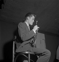 Jazz trumpeter Chet Baker performs in a nightclub circa 1952 in New York City, New York.