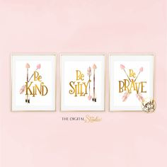 Woodland Nursery Decor, Baby Girl Woodland Nursery, Woodland Boho Nursery, Pink and Gold Nursery Art, Boho Nursery Decor par TheDigitalStudio sur Etsy https://www.etsy.com/fr/listing/386660012/woodland-nursery-decor-baby-girl