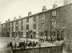 old photos of streets tenements places glasgow at its best Glasgow Scotland, Edinburgh, Gorbals Glasgow, Historical Monuments, City Photography, British History, Great Britain, Old Photos, Street View