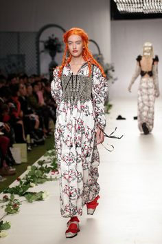 D05 1500 Meadham Kirchoff (5)  Copyright Photo by Nigel Pacquette for Modelixir  http://www.modelixir.com/gallery/image/863-d05-1500-meadham-kirchoff-5/