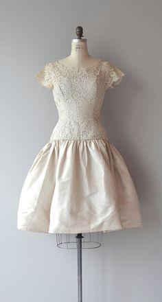 Vintage 1950s very pale blush Alençon lace bodice dress with short lace sleeves, drop waist, barely blush taffeta skirt and metal back zipper. --- M E