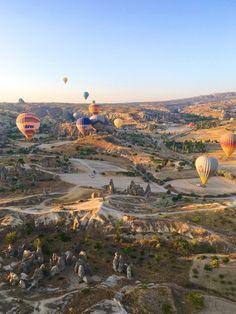 Sunrise in the valley ~~ Cappadocia,Turkey // Picture by PILOTMADELEINE #goreme #kapadokya #cappadocia  #sunrise #Turkey
