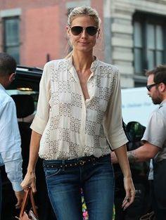 Heidi Klum's A+ Outfit Equation: Print Blouse + Stud Accessories #summerfashion