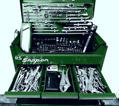 Amazimg snap on tool chest organisation